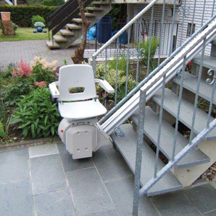 treppenlift gebraucht einbau gel nder f r au en. Black Bedroom Furniture Sets. Home Design Ideas