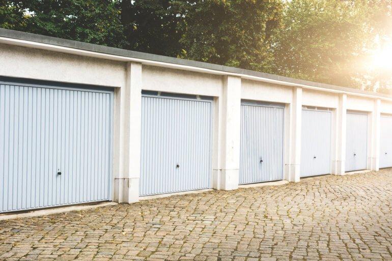 Regionale Angebote für Garagen kostenlos erhalten | Aroundhome