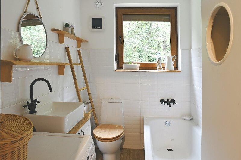 Ein kleines Bad planen, bauen und einrichten | Aroundhome