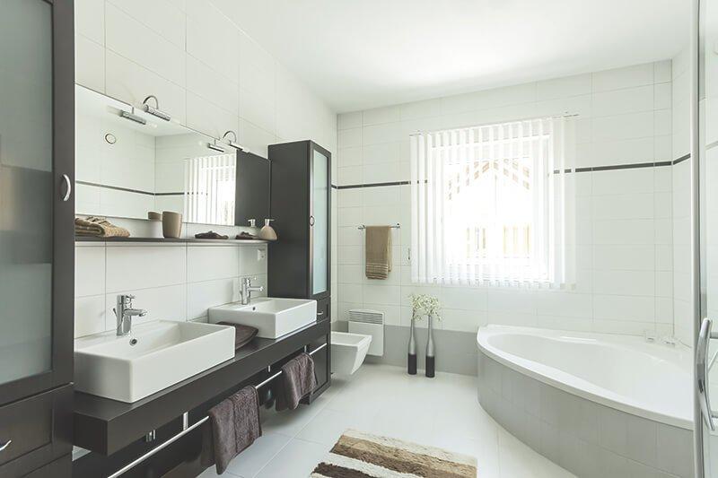 Eckbadewanne - Platzsparender Einbau in Ihrem Bad   Aroundhome